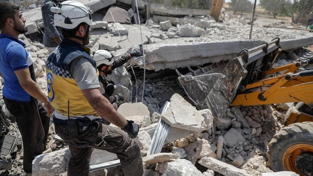 مقتل أمّ وأولادها الـ 6 في غارات جوية بسوريا