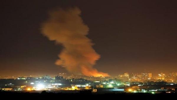 قوات الاحتلال الإسرائيلي تقصف موقعين بغزة