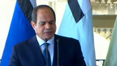 الرئيس السيسي خلال لقائه عناصر المنطقة الغربية العسكرية