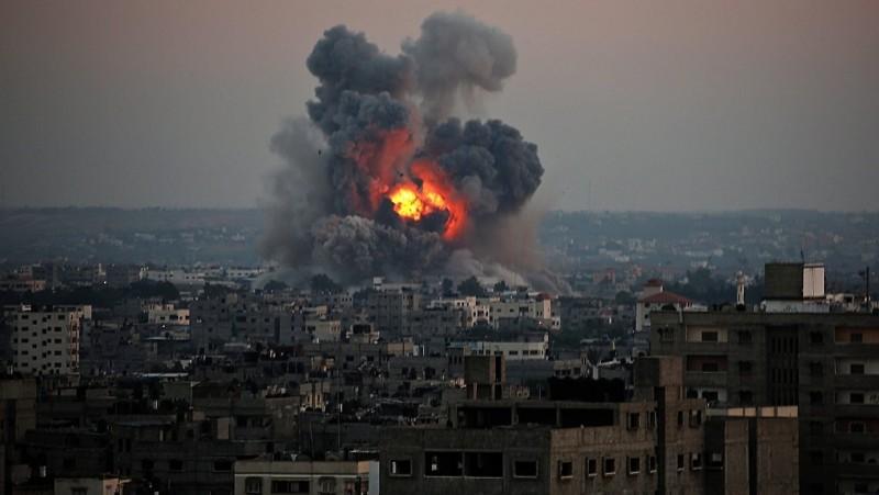 أرشفية - قصف غزة